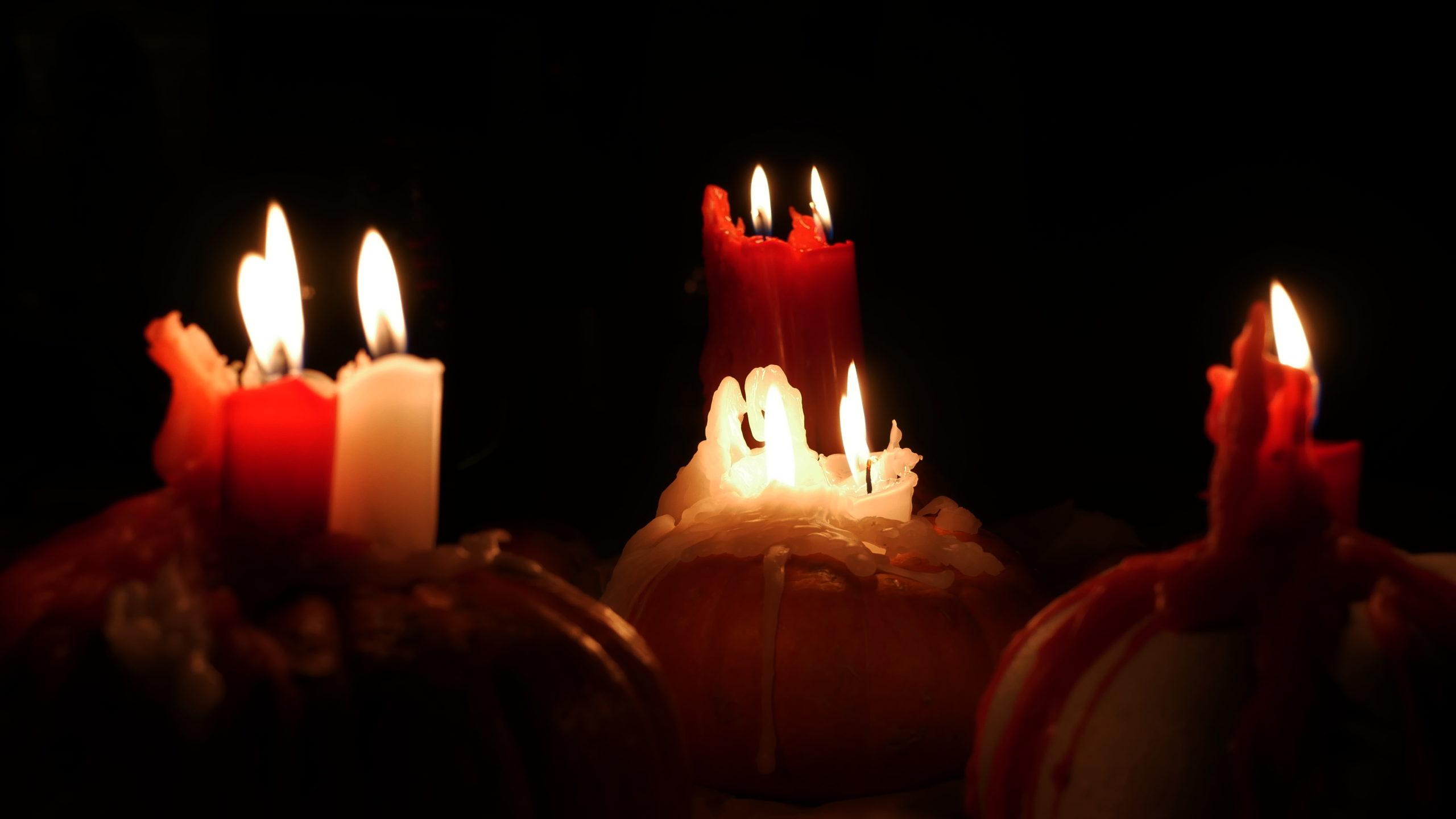 Свечи, тыквы